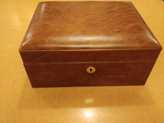 Brizard Med Airflow Antique Saddle humidor
