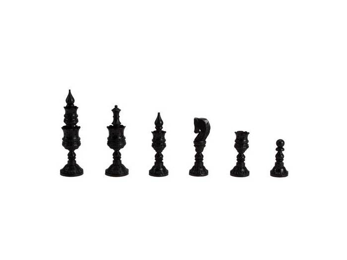 Boxed wooden Indian artistic chessmen